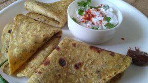 Methi Thepla Gujarati Roti